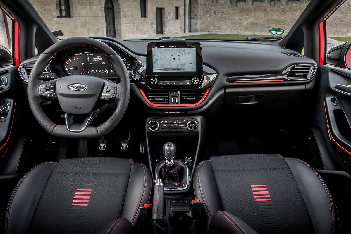Im Fiesta-Cockpit hat Ford ordentlich aufgeräumt.