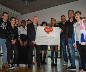 """Das Atert-Lycée in Redange (ALR) spendet 350 Euro an die Aktion """"Télévie""""."""
