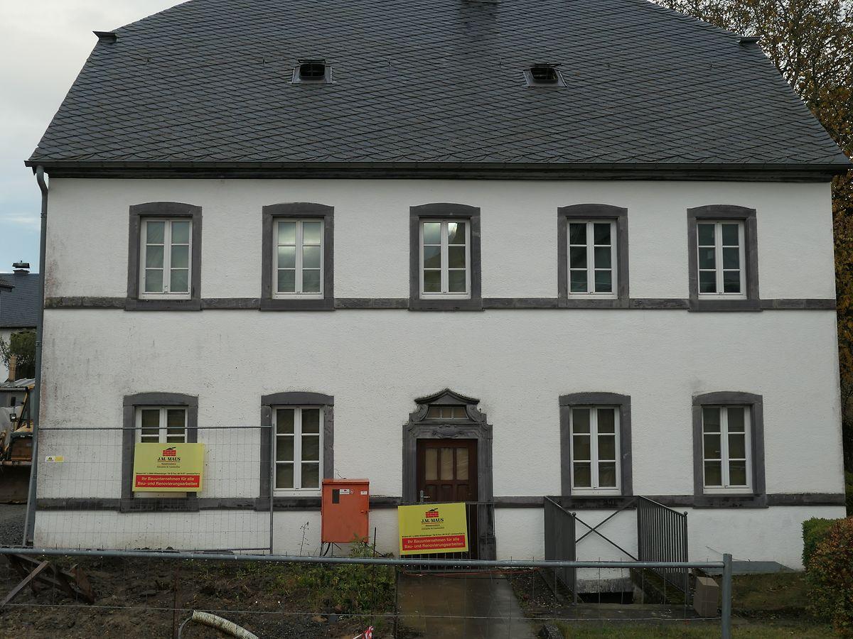 Das Pfarrhaus in Weiswampach ist in der Tat ein architektonisches Schmuckstück im Ortskern, das denn auch seinen äußeren Charakter behalten soll.