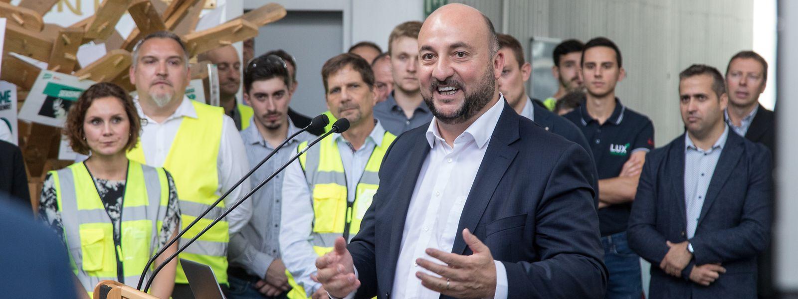 Le ministre de l'Économie, Etienne Schneider, s'est dit prêt à accompagner l'usine dans un nouvel investissement.