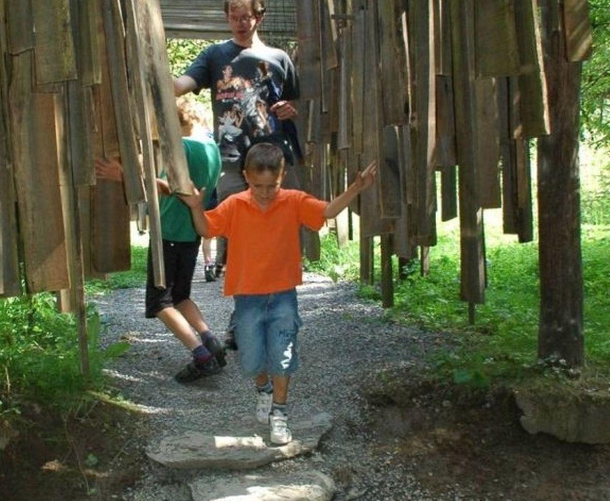 Add a little more family fun on your walk Photo: Éisleck Office régional du tourisme
