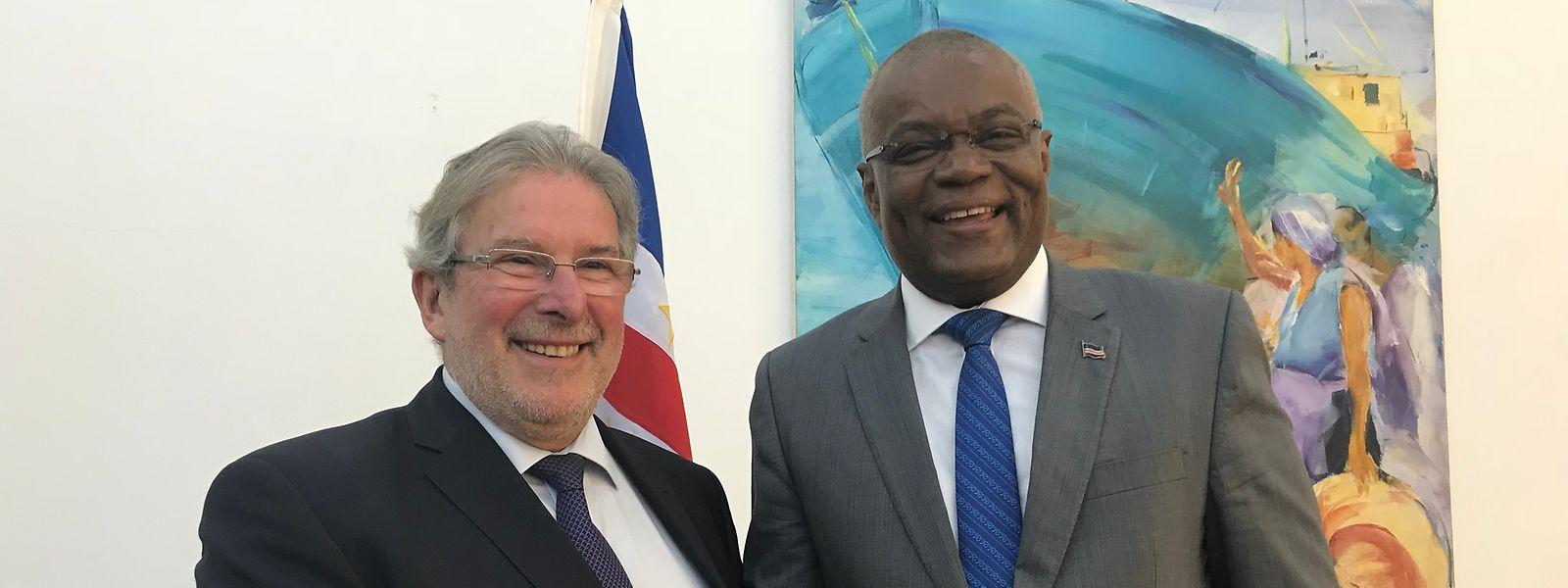 Mars di Bartolomeo está em Cabo Verde a convite do seu homólogo Jorge Santos.