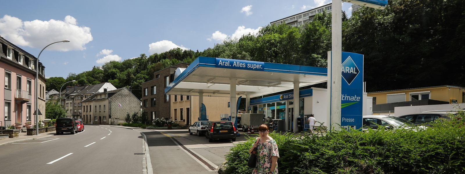 Die Täter hatten erst eine Tankstelle in Rollingergrund überfallen, dann eine in Howald.