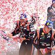 Thierry Neuville e Nicolas Gilsoul comemoram a vitória no Rali de Portugal