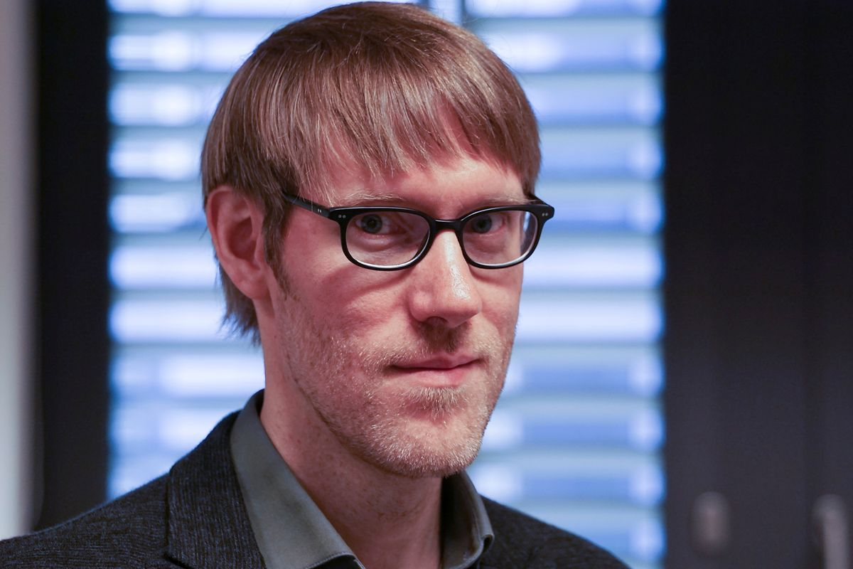 Dr. André Schulz ist Laborleiter und befasst sich schwerpunktmäßig mit der Stressforschung.