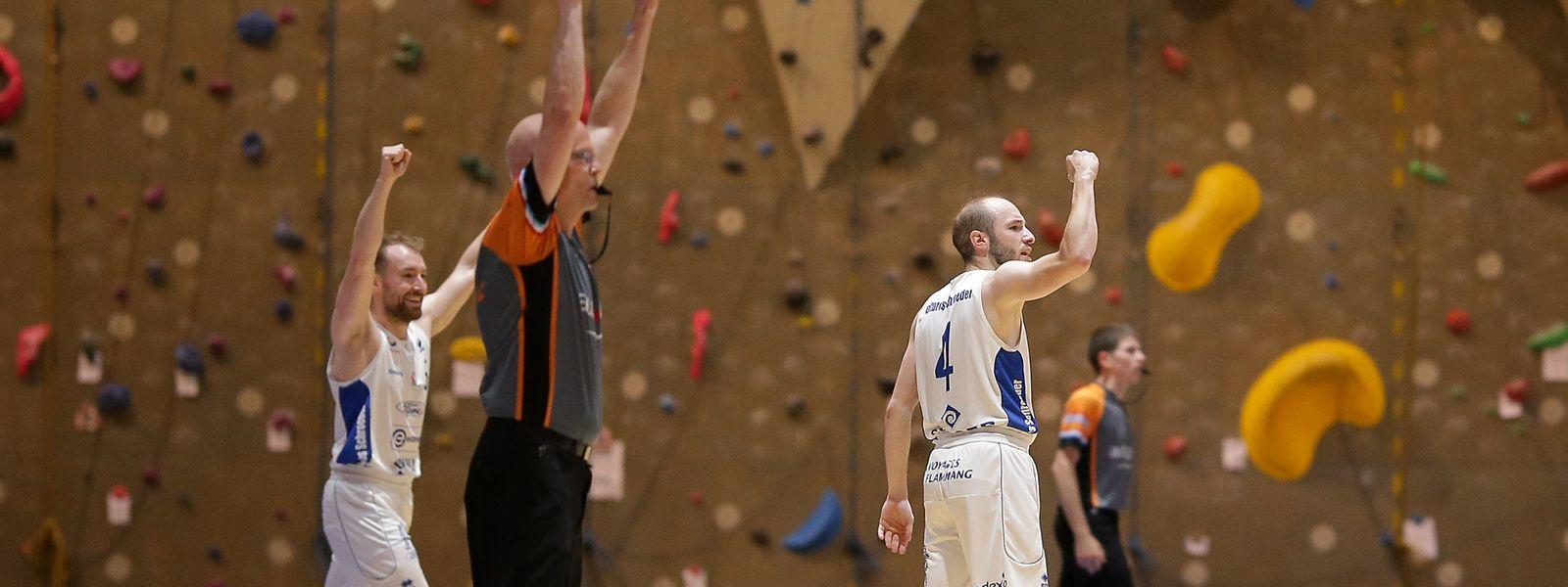 Philippe Gutenkauf (r.) und Frédéric Gutenkauf freuen sich über die Tabellenführung.
