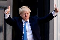 New Conservative Party leader and incoming prime minister Boris Johnson arrives at the Conservative party headquarters in central London on July 23, 2019. - Boris Johnson won the race to become Britain's next prime minister on Tuesday, heading straight into a confrontation over Brexit with Brussels and parliament, as well as a tense diplomatic standoff with Iran. (Photo by LEON NEAL / AFP)