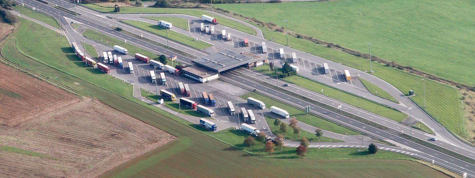 Pour François Bausch, l'utilisation du parking de l'ancien poste frontière de Sterpenich se constitue pas une alternative crédible au P+R de Viville.