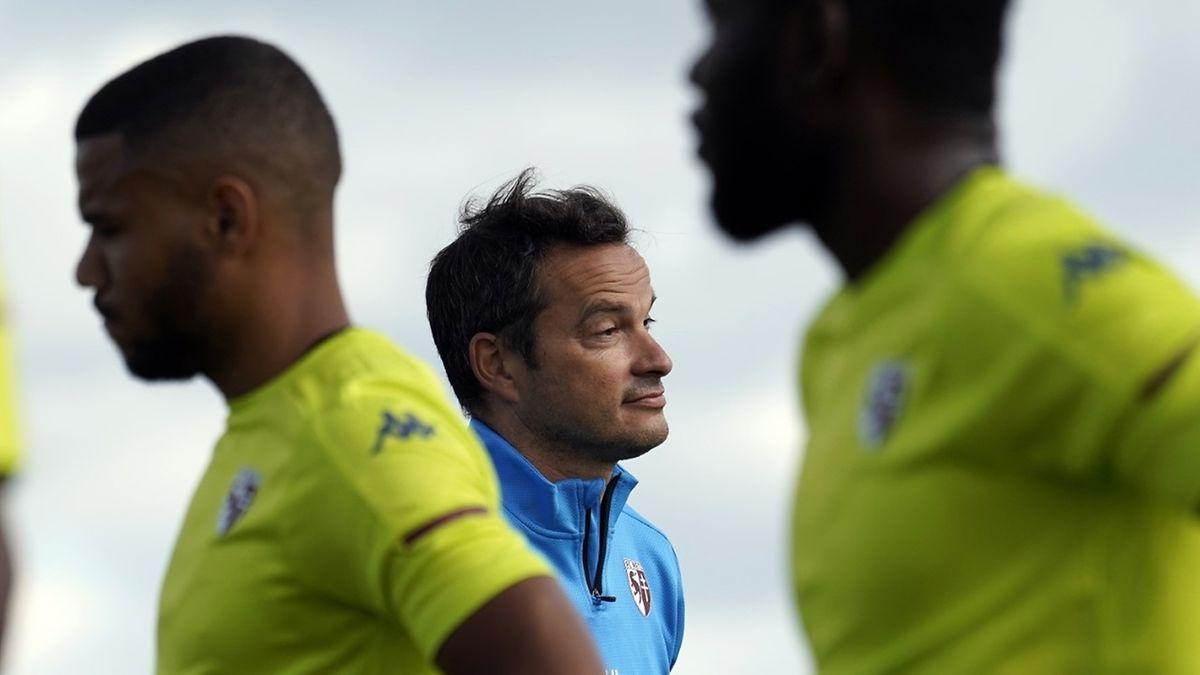 Vincent Hognon repart pour une seconde saison d'affilée à la barre du FC Metz