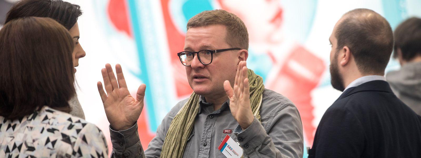 Aucune raison n'a été avancée pour expliquer le retrait de Christian Mosar de son poste de directeur artistique