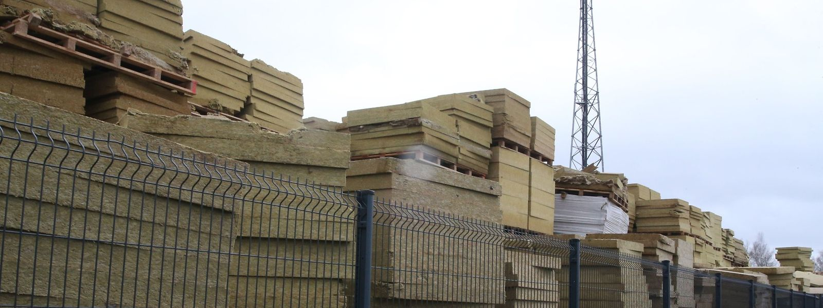 Knauf devra rapidement cesser de stocker ses rebuts de production sans protection.