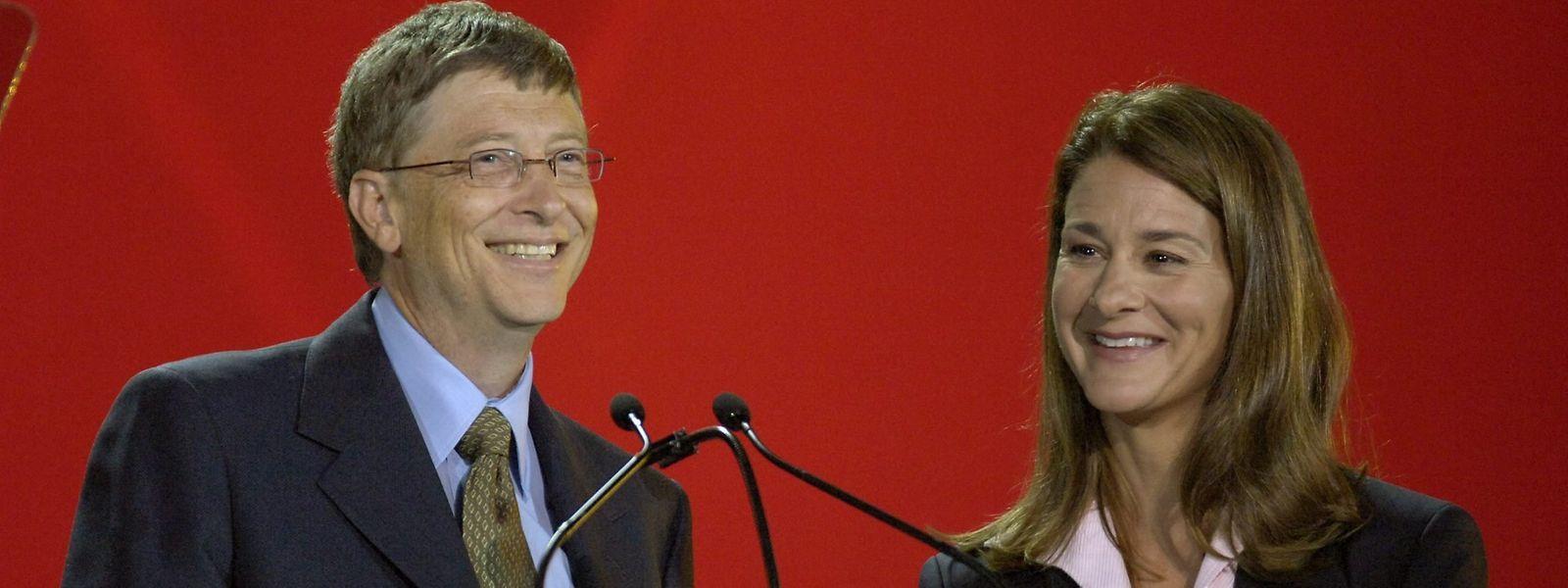 2006, Kanada, Toronto: Bill (l) und Melinda Gates eröffnen die 16. Internationale AIDS-Konferenz im Rodgers Centre.