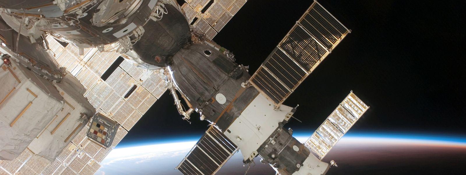 Eine an die ISS angedockte Sojus-Kapsel.
