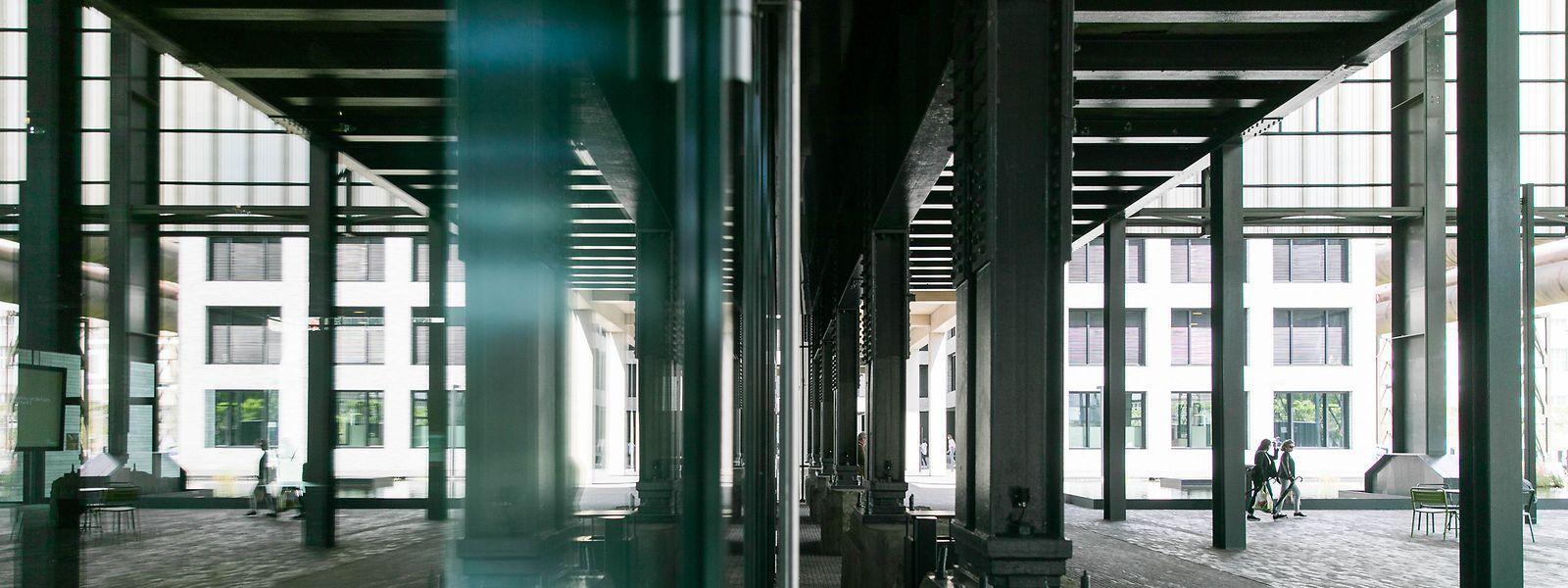 Entre bâtiments historiques et espace urbain contemporain, le passé industriel des différents sites de Belval sera mis en valeur.