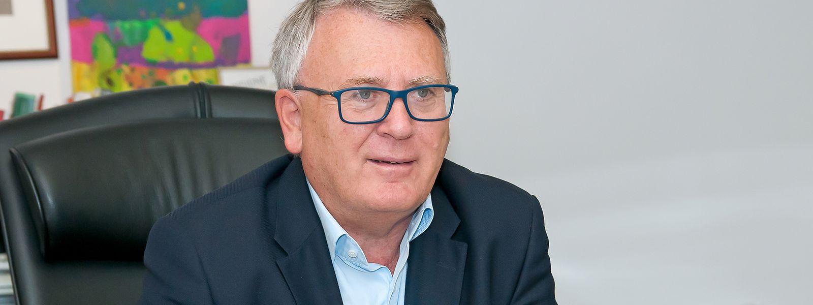 Nicolas Schmit prend le poste de commissaire pour cinq ans.