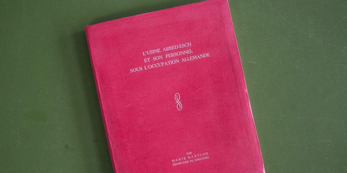 Un livre qui va droit au but: témoigner de la résistance du monde ouvrier face à l'occupant nazi.