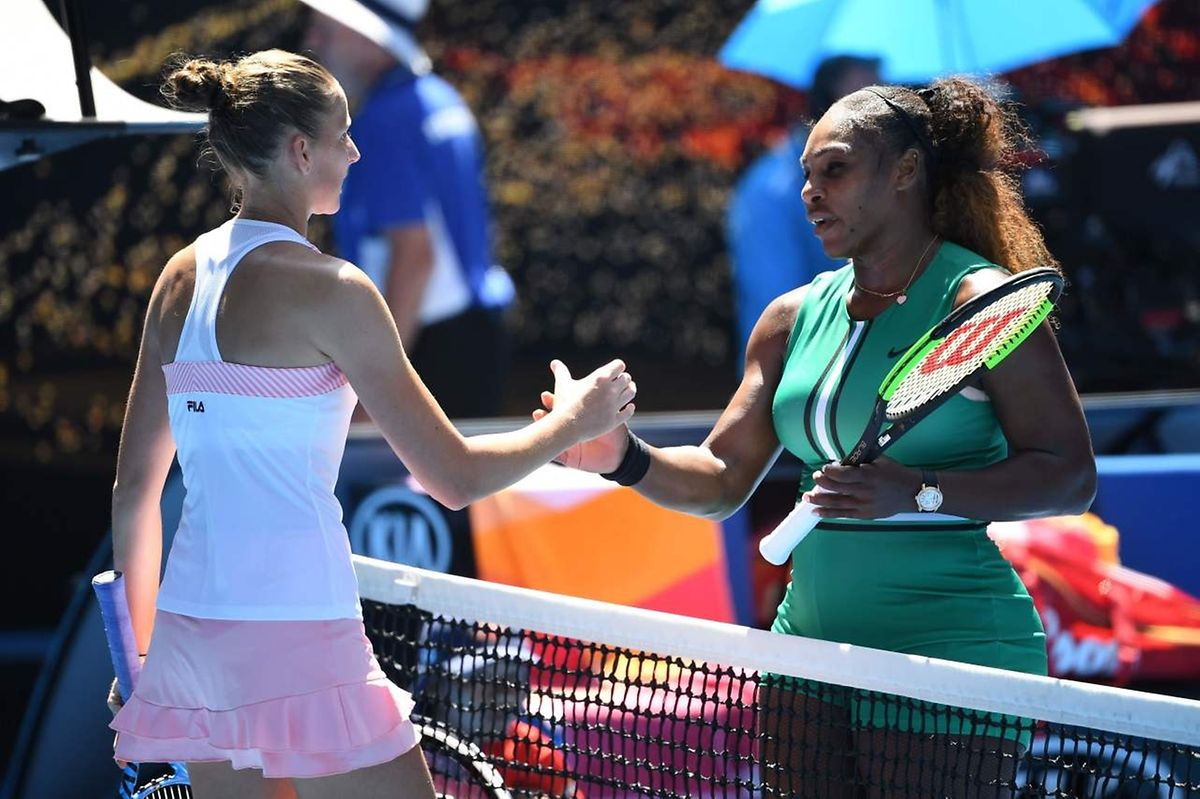 Battue par Karolina Pliskova, Serena Williams quitte Melbourne.