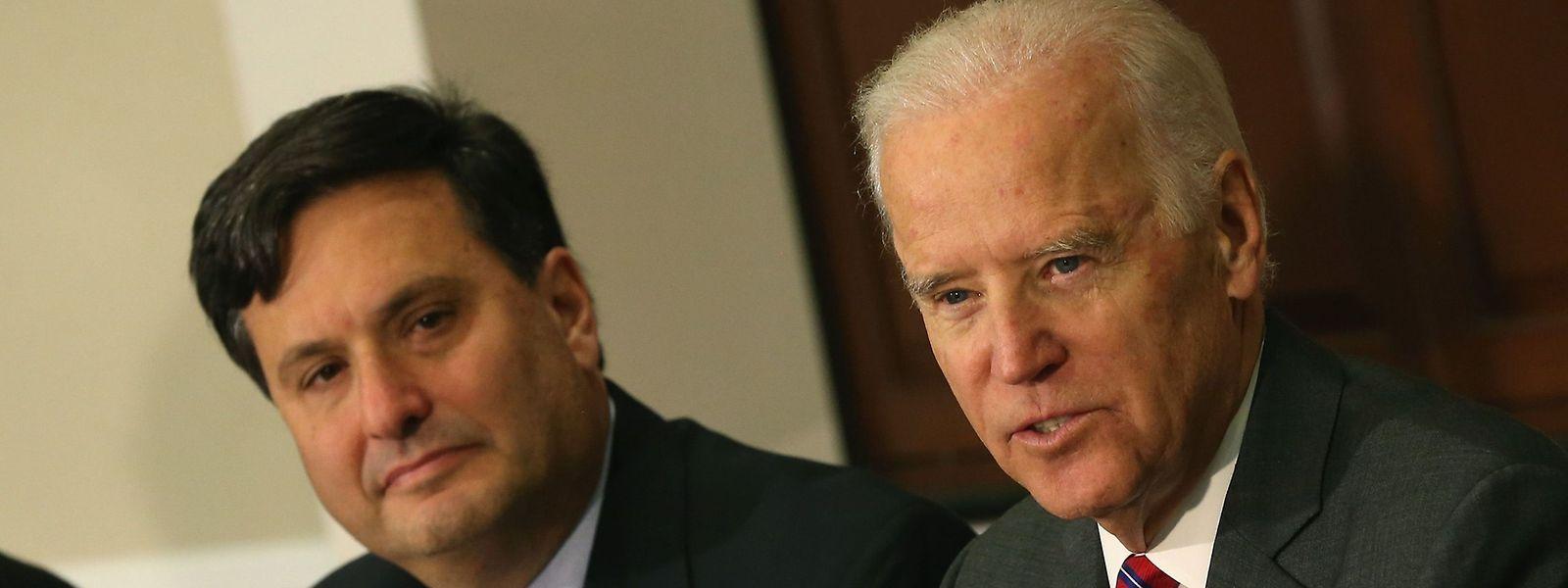 Joe Bidens langjähriger Vertrauter Ronald Klain (l.) wird die Schlüsselposition des Stabschefs im Weißen Haus übernehmen.
