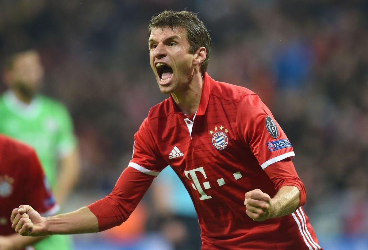 Thomas Müller a placé le Bayern Munich sur les rails contre le PSV Eindhoven (4-1)