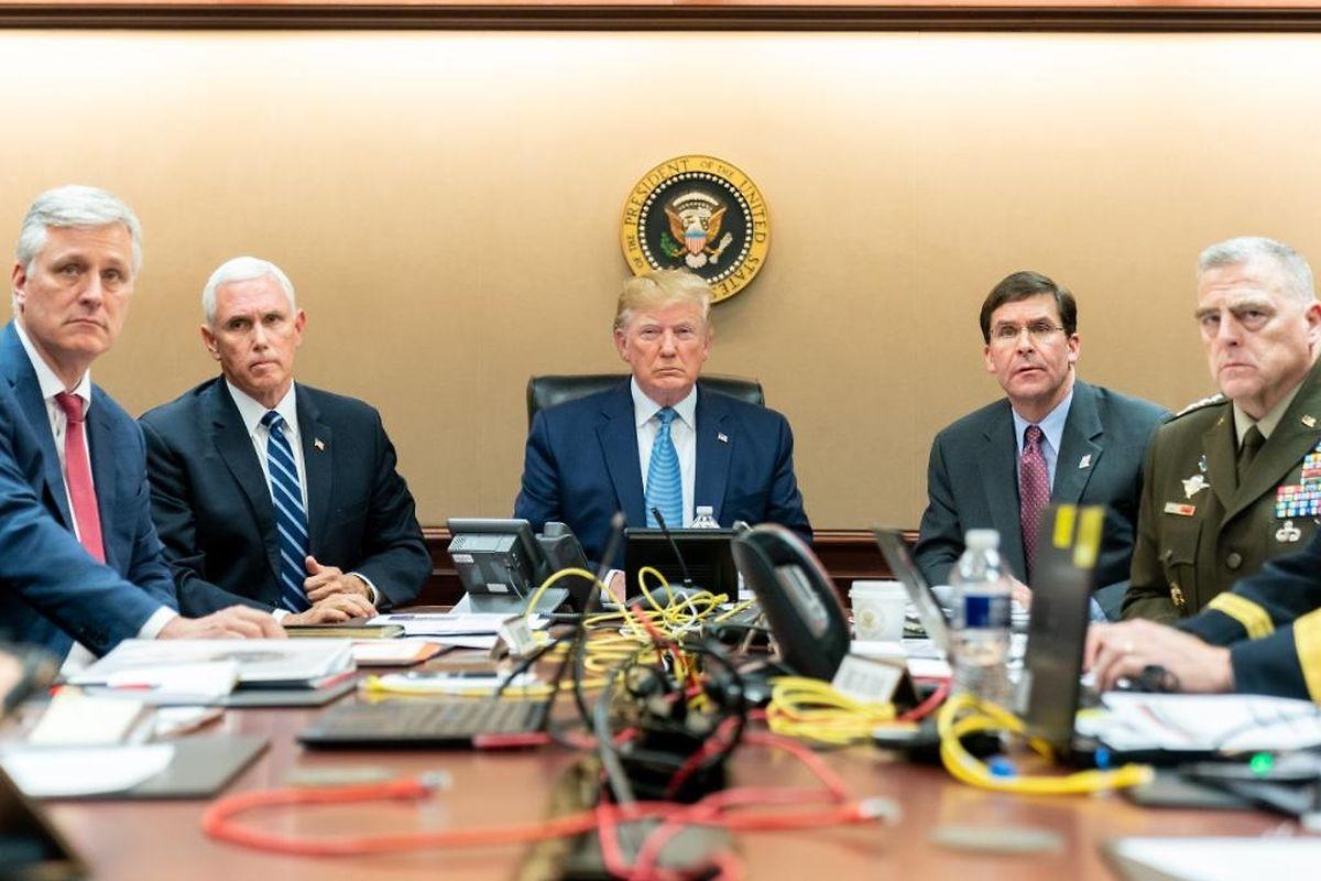 Donald Trump verfolgte den Spezialeinsatz von US-Soldaten in Syrien auf einem Bildschirm im Weißen Haus.