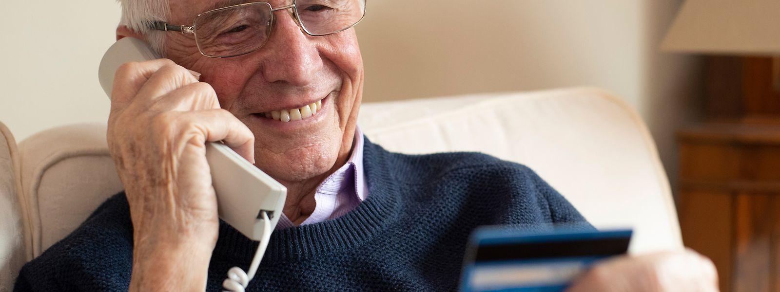 Gerade ältere Personen werden allzu häufig Opfer von Betrügern.