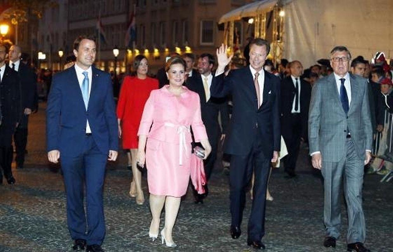 O casal grão-ducal assistiu às festividades na cidade do Luxemburgo