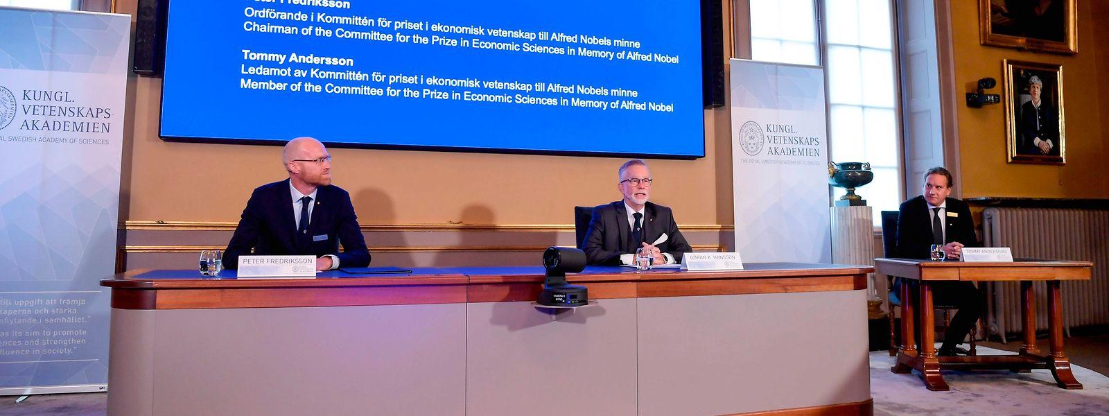 Während der Bekanntgabe in Stockholm.