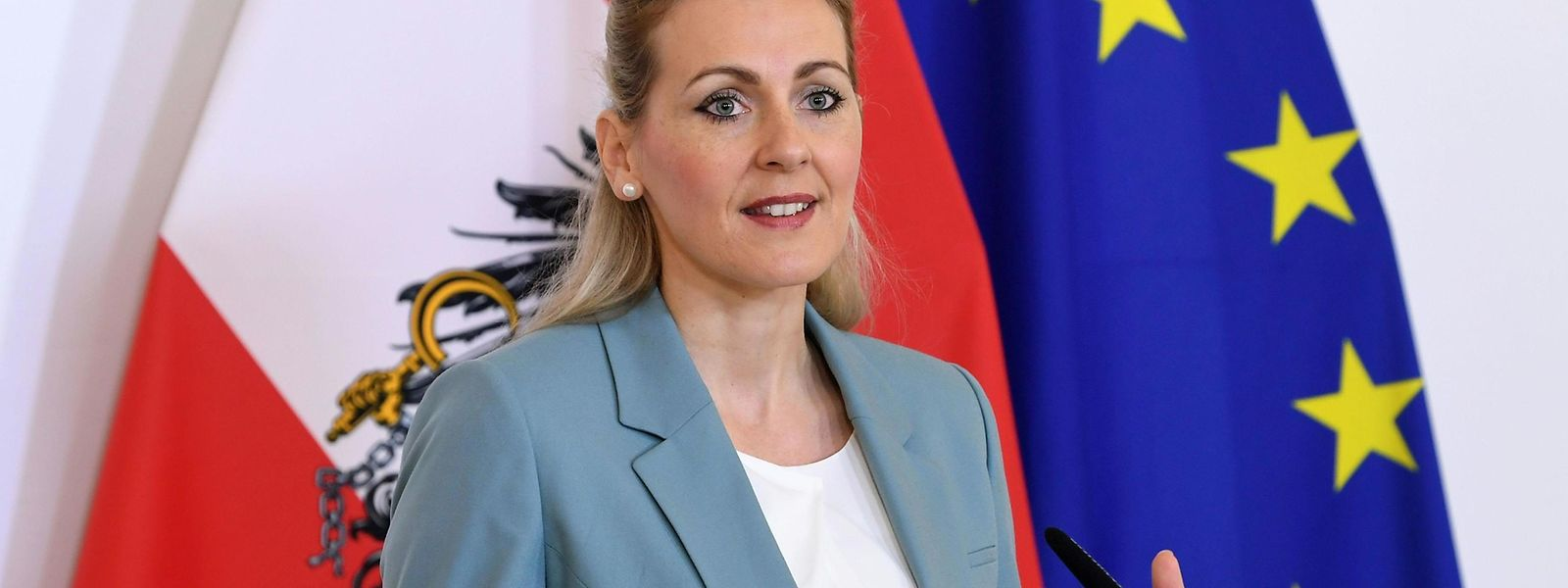 Arbeitsministerin Christine Aschbacher (ÖVP) ist das erste österreichische Regierungsmitglied unter Schwarz-Grün, das zurücktreten muss.