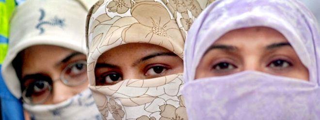 Versuche der Islamisten, das Mindestalter für Mädchen zu senken, waren unter dem früheren Präsident Husni Mubarak erfolglos geblieben.