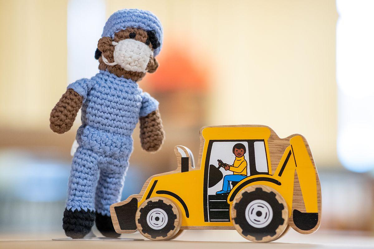 In der Ausstellung geht es auch daum, wie Spielzeug antirassistisch gestaltetes werden kann.