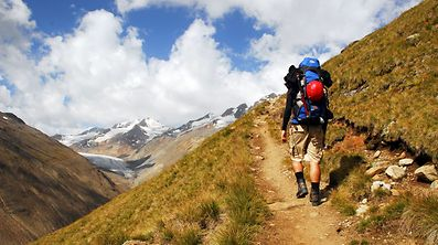Zum Themendienst-Bericht von Philipp Laage vom 9. M�rz: Gebirge sind besonders empfindliche Naturr�ume - Umweltschutz und Nachhaltigkeit sind in den Alpen deshalb besonders wichtig.  (Die Ver�ffentlichung ist f�r dpa-Themendienst-Bezieher honorarfrei.)  Foto: Philipp Laage