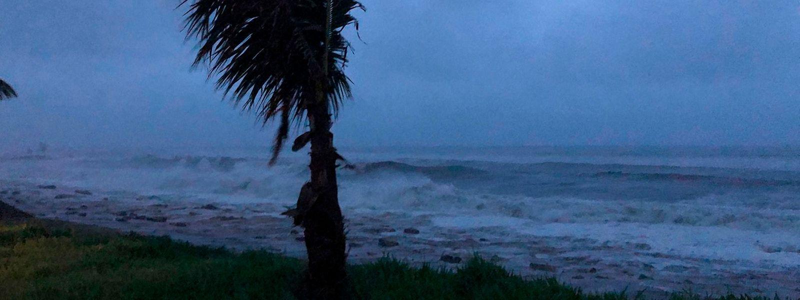 An der Küste von Mosambik wütet erneut ein heftiger Sturm.