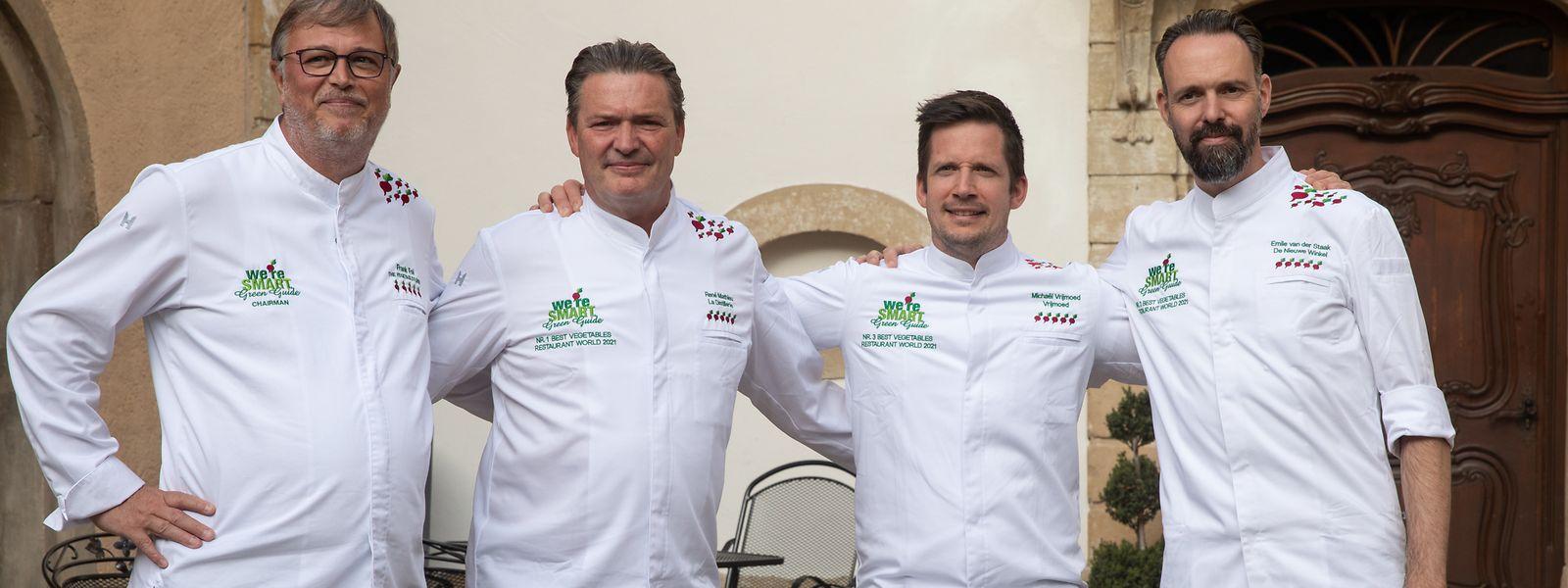 """Ausgezeichnete Köche (von links): Frank Fol, Gründer von """"We're smart green"""", René Mathieu (Platz1), Michael Vrijmoed (Platz 3) und Emile van der Staak (Platz 2)."""