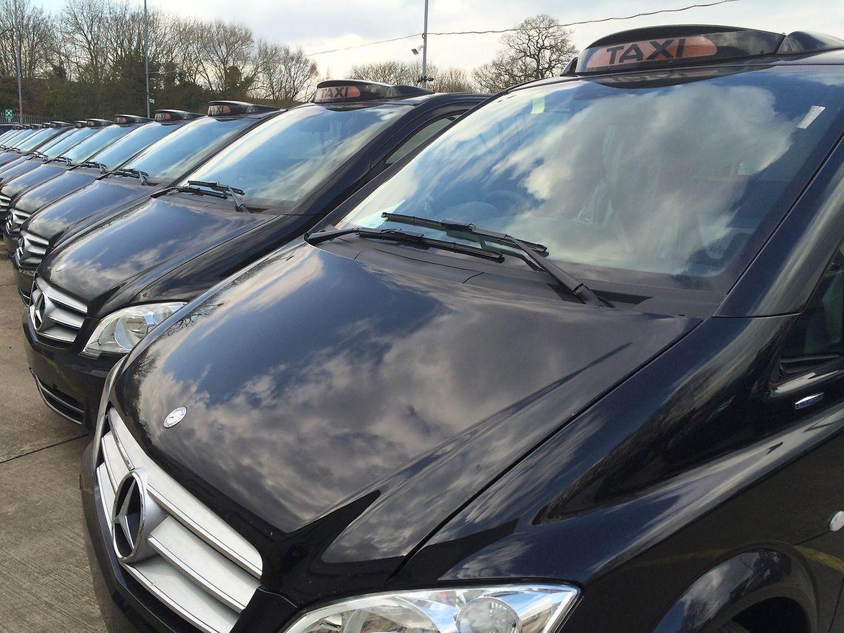 Zusammen mit Mercedes-Benz hat Penso ein neues Londoner City-Taxi auf Basis des Mercedes Vito entwickelt.