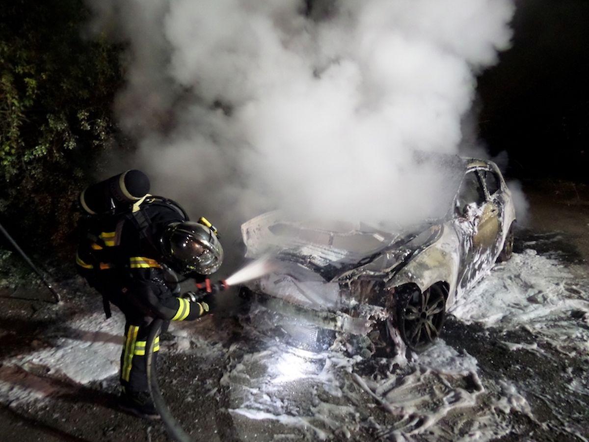 Die Feuerwehr aus Bettemburg rückte an, um den Brand zu löschen.