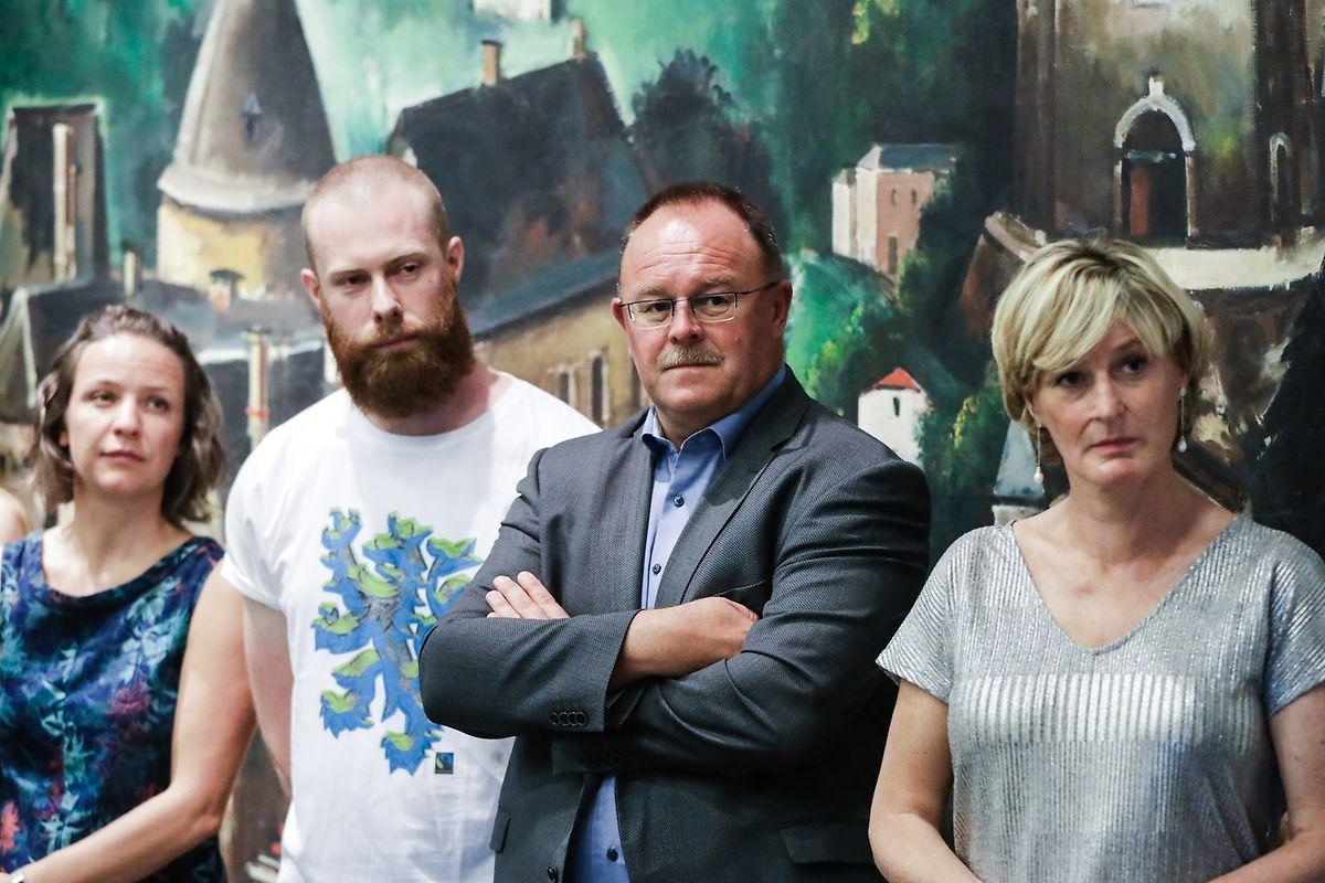 Begutachten ihr gemeinsames Werk: Geneviève Krol (Fairtrade), Romain Schneider und Francine Closener.