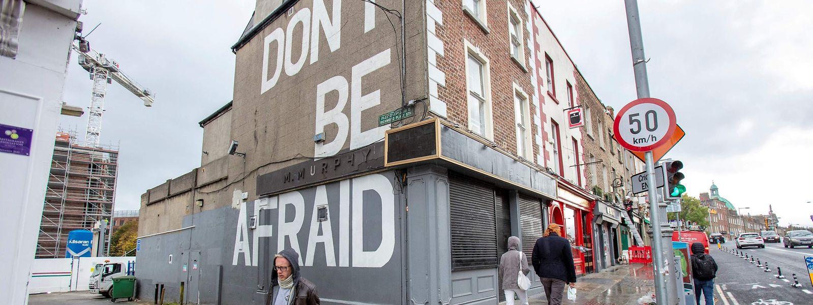 C'est à partir de la nuit de mercredi à jeudi que l'ensemble de la population irlandaise sera reconfinée, soit plus de cinq millions de personnes