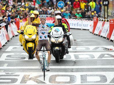 Romain Bardet (F/Ag2r-La Mondiale) sichert sich den Etappensieg - Tour de France 2016 –  19. Etappe Albertville / Saint-Gervais Mont Blanc – Foto: Serge Waldbillig