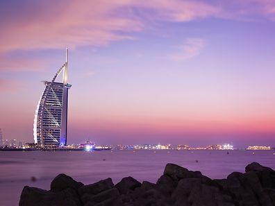 Das Burj Al Arab ist und bleibt ein Wahrzeichen von Dubai.