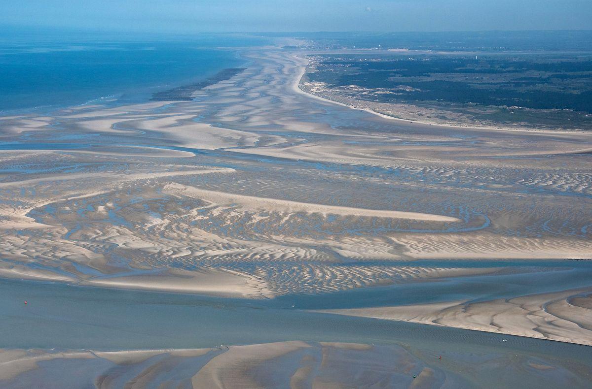 Die weitläufige Bucht der Somme offenbart bei Ebbe ausgedehnte Strände und ist ein geschütztes Rückzugsgebiet für Robben und unzählige Vögel, die hier rasten und nisten.