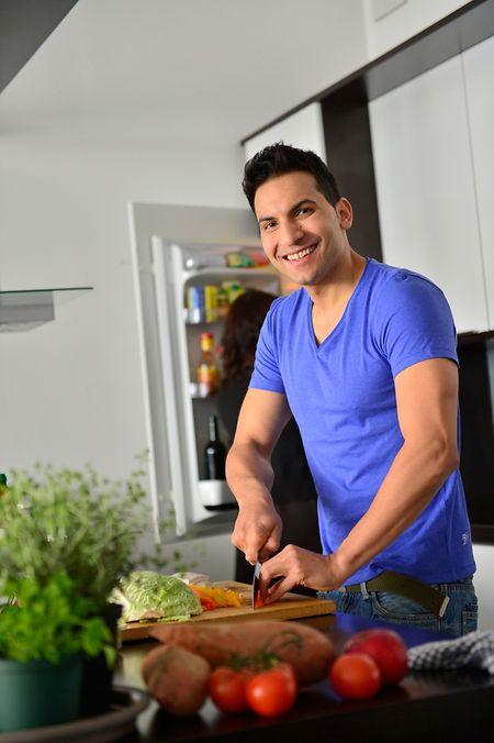 Attila Hildmann ist Autor veganer Kochbücher.