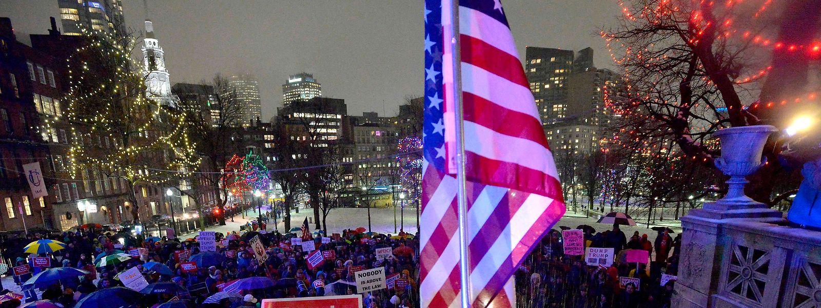 Demonstration für ein Impeachment gegen Präsident Donald Trump im Stadtpark von Boston im Dezember 2019.