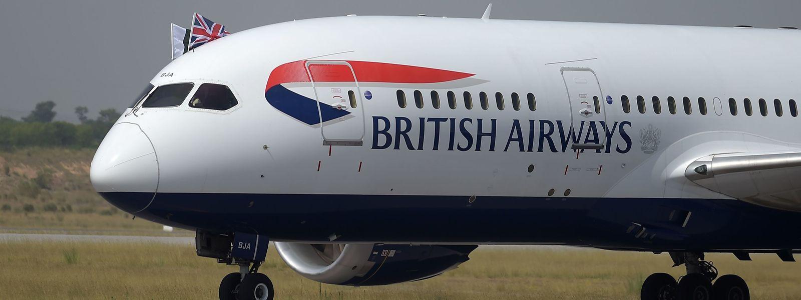 Wegen eines Pilotenstreiks bleiben am Montag und Dienstag viele Flugzeuge der British Airways am Boden.