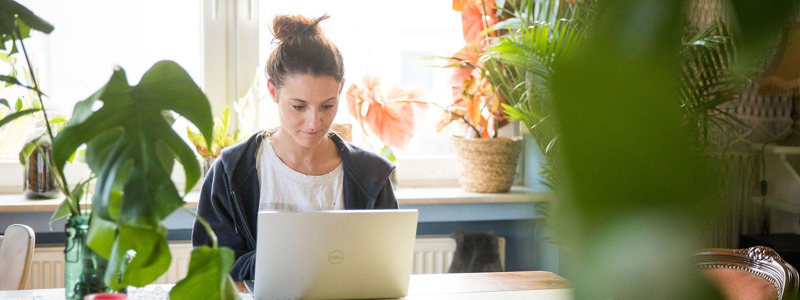 Près de 75% des salariés du secteur financier qui en compte 50.000 environ, télétravaillent depuis cinq semaines déjà.