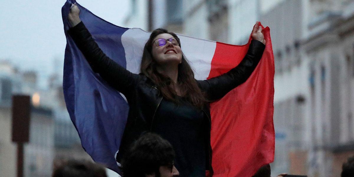 Erleichterung und Glücksgefühle bei den Anhängern von Emmanuel Macron.