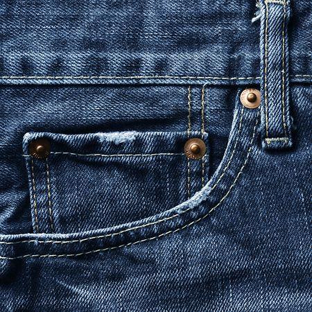 In die kleine Tasche an der Jeans passt nicht viel – aber für eine Uhr reicht es.