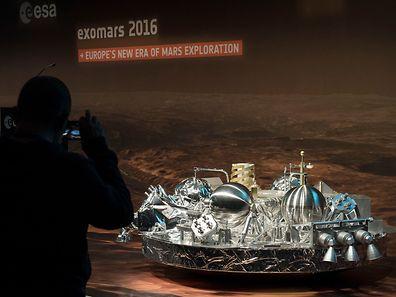 """Die Sonde """"Schiaparelli"""" soll auf dem Mars Daten sammeln."""