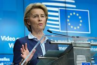 European Commission President Ursula Von Der Leyen gives a press conference following a video conference EU summit to discuss the measures to tackle the spread of the Covid-19 pandemic caused by the novel coronavirus, in Brussels, on April 23, 2020. (Photo by Olivier HOSLET / EPA / AFP)