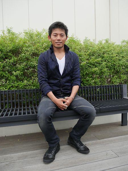 Nobukazu Kuriki ist unverheiratet, eigene Kinder hat er nicht. Seine Mutter verstarb als er 17 Jahre alt war. Und sein Vater – der hat ihn geradezu zu seinem waghalsigen Hobby ermutigt.