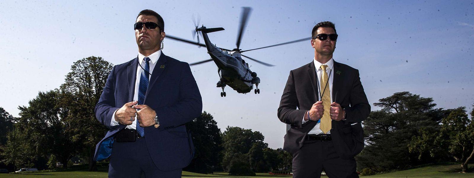 L'hélicoptère du président a décollé vers la base aérienne d'Andrews. Trump fera étape dans la journée à Dayton, Ohio puis El Paso, Texas.